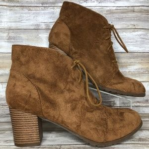 Madden Girl Torch 11M Brown Faux Suede Ankle Boots